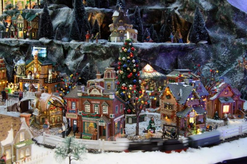 Diverse kersthuisjes van Lemax kopen in Vlodrop