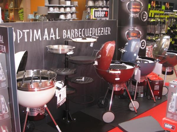 Gartencenter Daniëls in Holland bietet den Komplette Assortiment von Weber Grills an